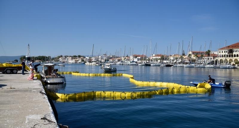 Άσκηση καταπολέμησης ρύπανσης πραγματοποιήθηκε στη θαλάσσια ζώνη του Εμπορικού Λιμένα Πρέβεζας