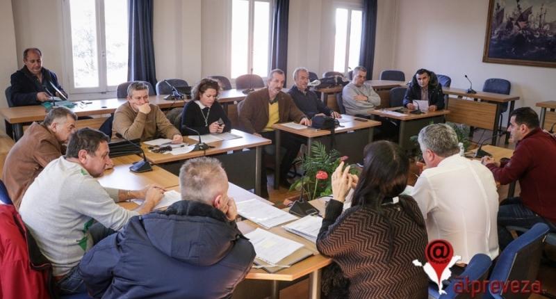Μπροστά σε αγωγή δεκάδων χιλιάδων ευρώ για έργα χωρίς τιμολόγια και συμβάσεις ο Δήμος Πρέβεζας – Αναλυτικό ρεπορτάζ
